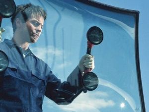 Car Glass Repairer