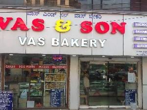 Vas & Son Vas Bakery